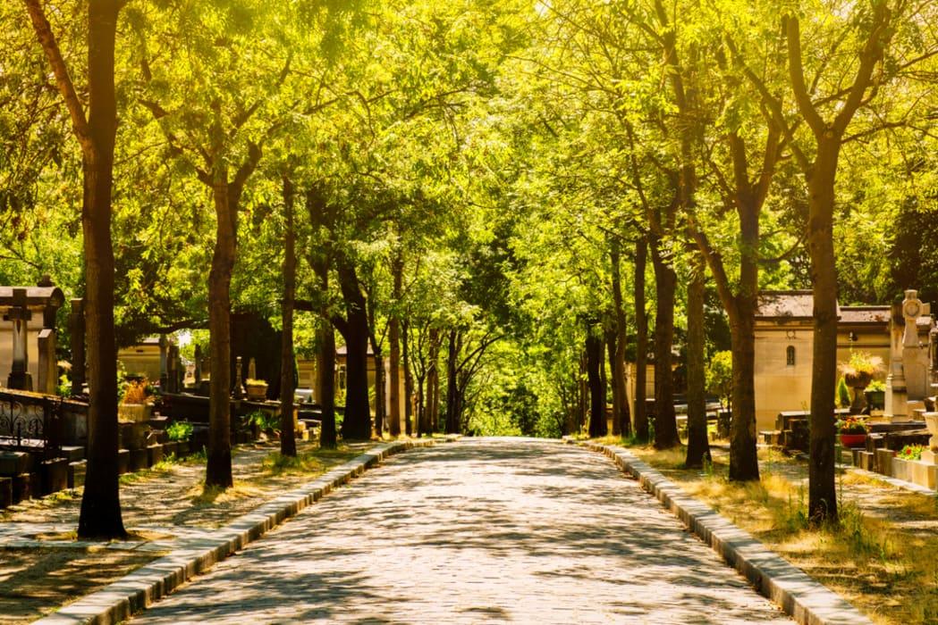 Paris - The Famous Graves of Père-Lachaise Cemetery - Part II