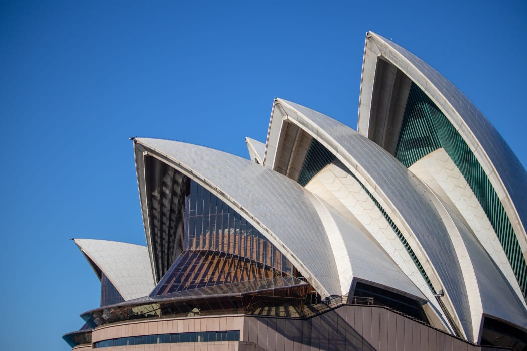 Sydney - Sunset Sydney Opera House - Up close and personal