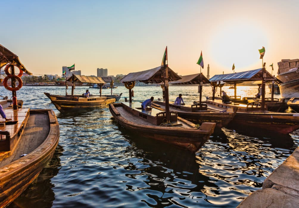 Dubai - Abra Crossing and Walk Through Alseef Heritage City