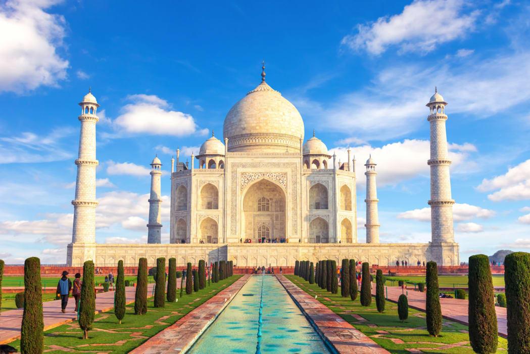 Agra - Wonders of the World: the Taj Mahal Love Story