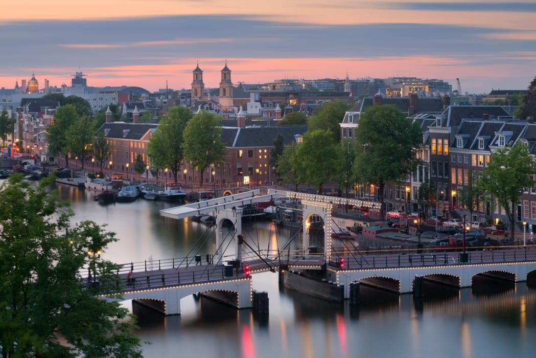 Amsterdam - Skinny Bridges and Fat Wallets