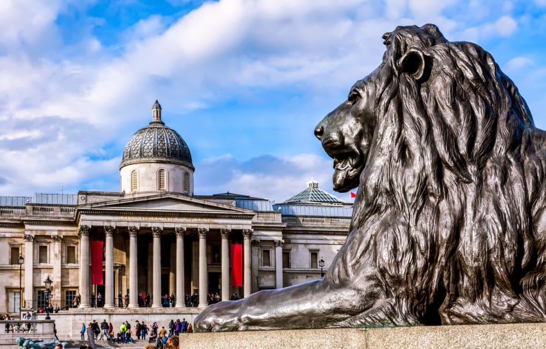 London - Trafalgar Square: London's Official Centre