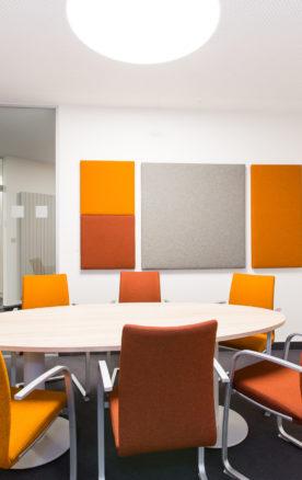 vergaderruimte met akoestische panelen