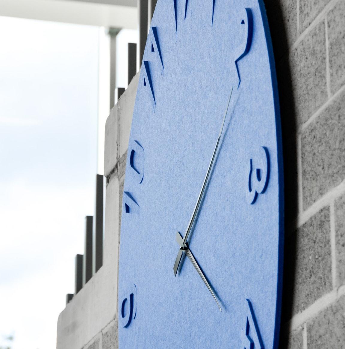 horloge en feutre