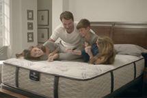Serta Perfect Sleeper Luxury Hybrid Elmridge Super Pillow Top Mattress reviews