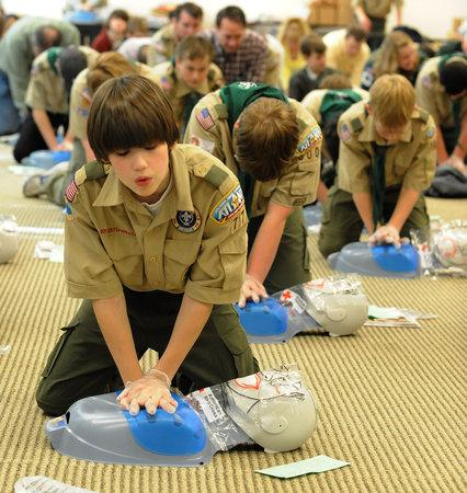 MANDATORY CPR TRAINING FOR SCHOOLS ussz9i