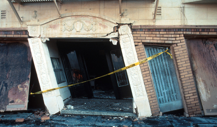 Why A Doorway Isn t Safe During An Earthquake ukf3be