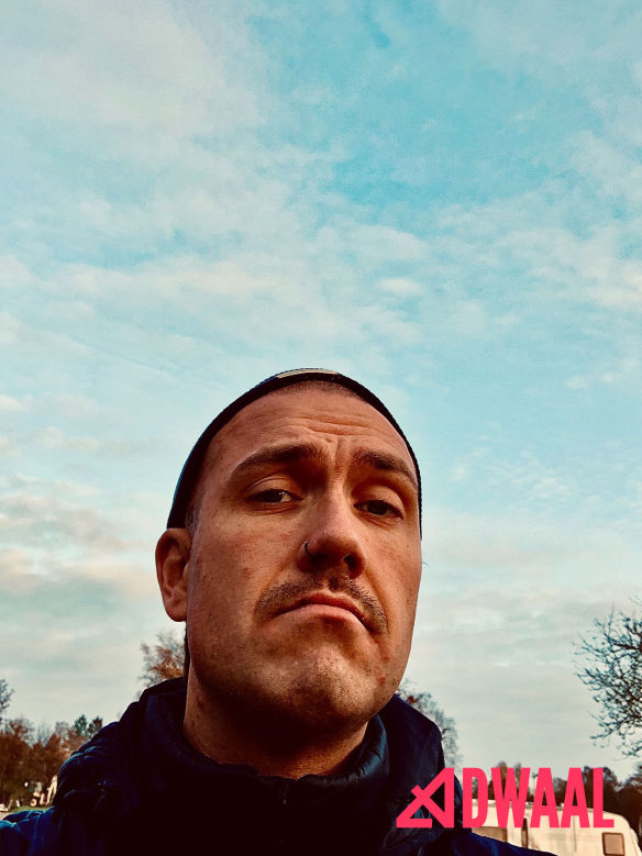 Henriks flotte overskæg Den 10. movember