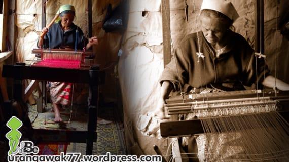 Jalan-jalan Ke Sumbar, Jangan Lupa untuk Belanja Kain Tenun Songket Khas Pandai Sikek