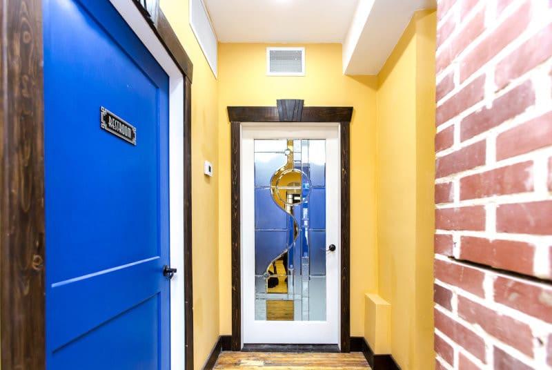 indoor door in corner