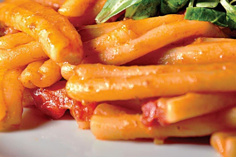 pasta med tomatsås