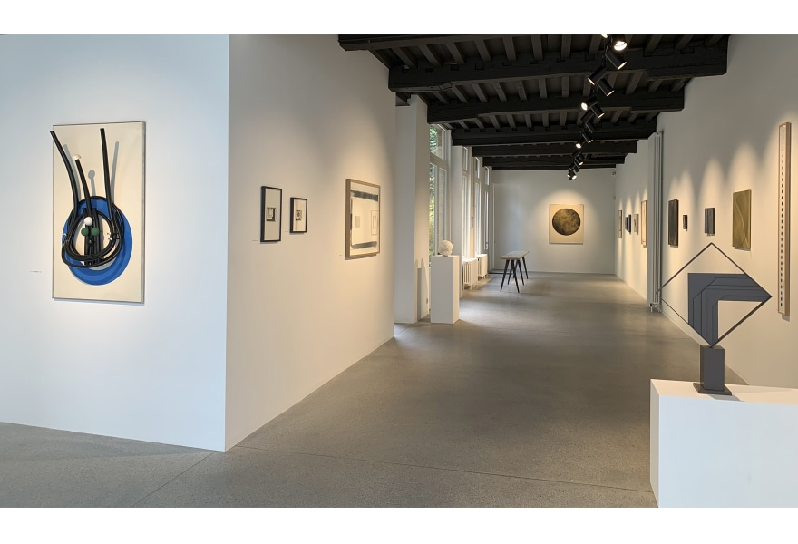 'Cercle et Carré': Naoorlogse en hedendaagse interpretaties van de volmaakte cirkel en het imperfecte vierkant