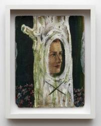 León & Cociña, Woman in Tree
