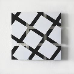 Tonneke Sengers, White squares on black squares