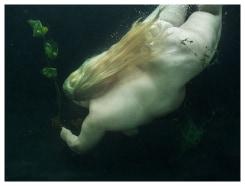 Mariken Wessels, Nude, Water and Green Leaves III