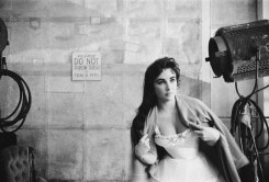 """Bob Willoughby, Elizabeth Taylor, on set for """"Raintree County"""""""