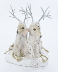Carolein Smit, Lying white siamees deer with pearl necklaces