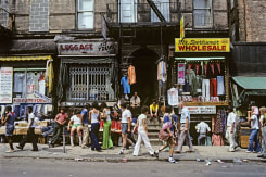Willy Spiller, Sunday morning on Orchard Street, New York
