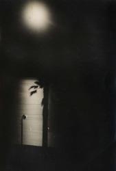Victoire Eouzan, La nuit