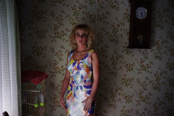 Bertien van Manen, Camy wearing dress, Kentucky