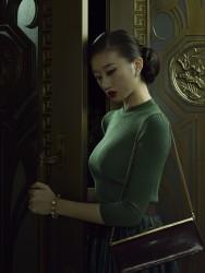 Erwin Olaf, Shanghai, Du Mansion - Portrait 01