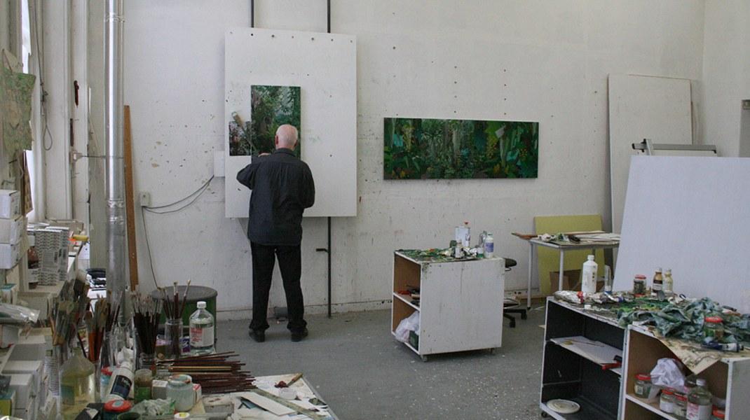 Jaap van den Ende, Jaap van den Ende in his studio
