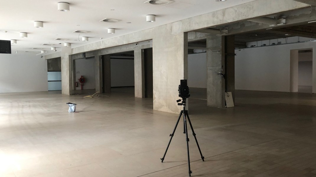 Satijn Panyigay, Satijn working in the empty museum Boijmans Van Beuningen, which closed it's doors for seven years for a grand renovation.