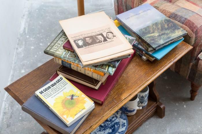 Ade Darmawan, 18 Books (Exhibition view)