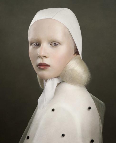 Justine Tjallinks, Intent