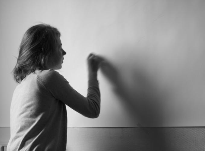 Drawing Online, Tessa Chaplin,
