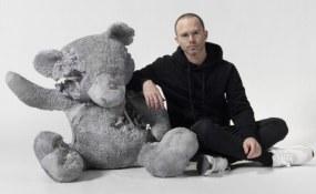 Daniel Arsham, Galerie Ron Mandos