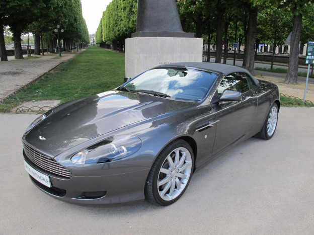l 39 art de l 39 automobile aston martin db9 volante. Black Bedroom Furniture Sets. Home Design Ideas