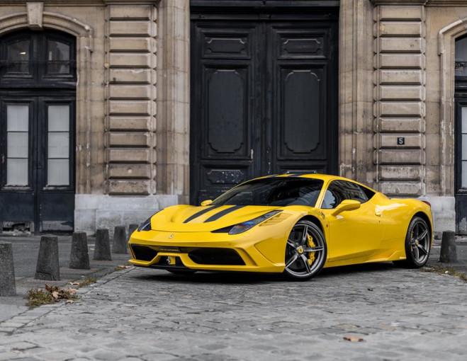 L Art De L Automobile Voitures De Luxe D Occasion
