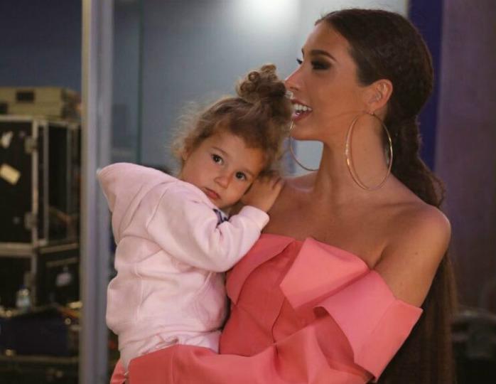 «Принцесса в голубом»: Кети Топурия устроила пышный праздник в честь пятилетия дочери