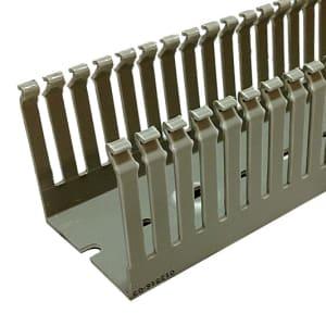 Kabelkanal Smalslitsad T1-E levereras av C-Pro