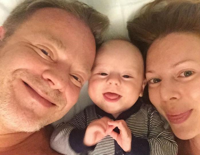«Спасибо за сына»: Подольская взбудоражила поклонников снимком Преснякова с младенцем