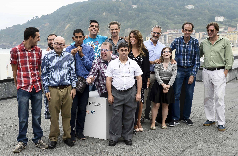 A group of colleagues during a sightseeing tour. career, actress, work-life balance, team, teamwork, adidas