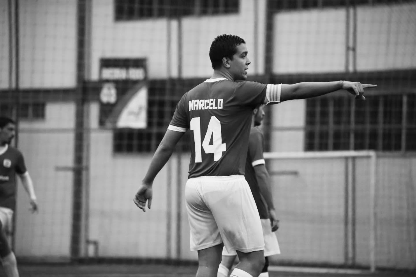 Marcelo Leite during an indoor soccer game pointing at something | Fear of change