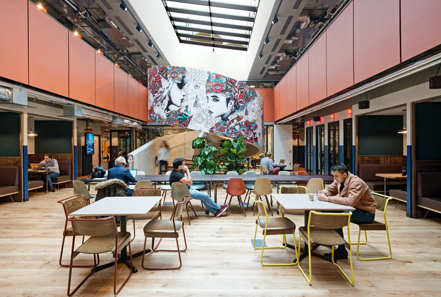 a large hall at a coworkingspace in London, workplaces, adidas company culture collaboration, developing creativity, working in adidas