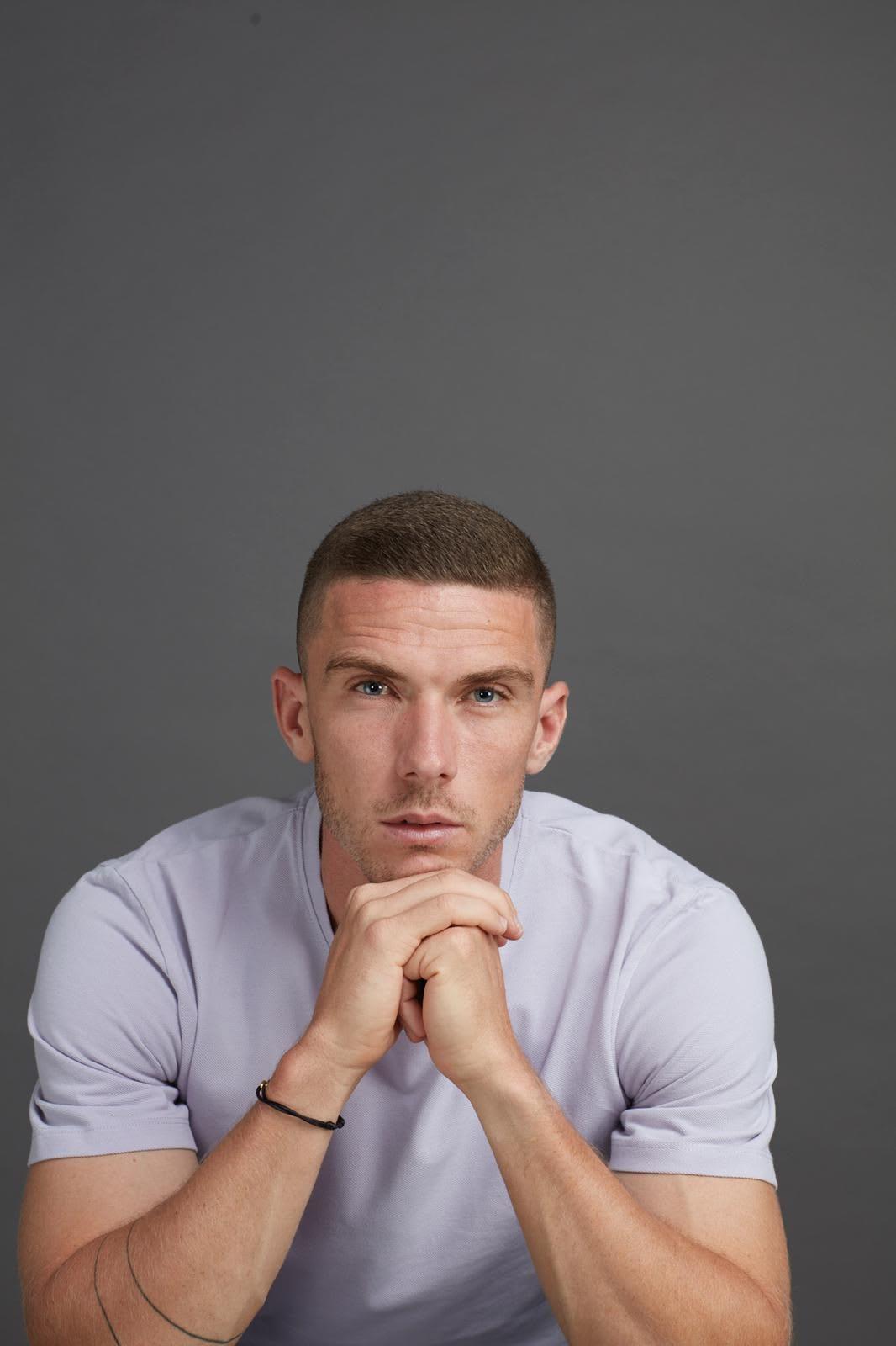 Portrait of Caucasian man wearing grey t-shirt, Robin Gosens, footballer, football, German, Germany, team, adidas, sports, exercise, DFB