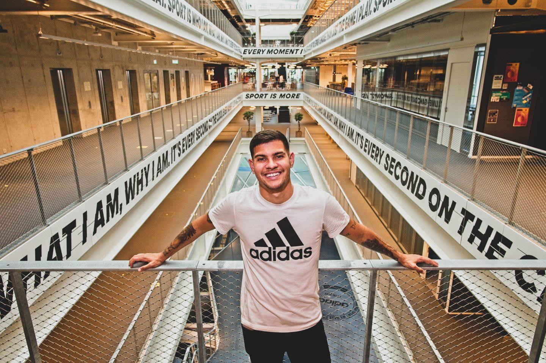 Bruno Guimaraes in adidas headquarters in Herzogenaurach. Bruno Guimaraes, adidas, football, headquarters, Herzogenaurach