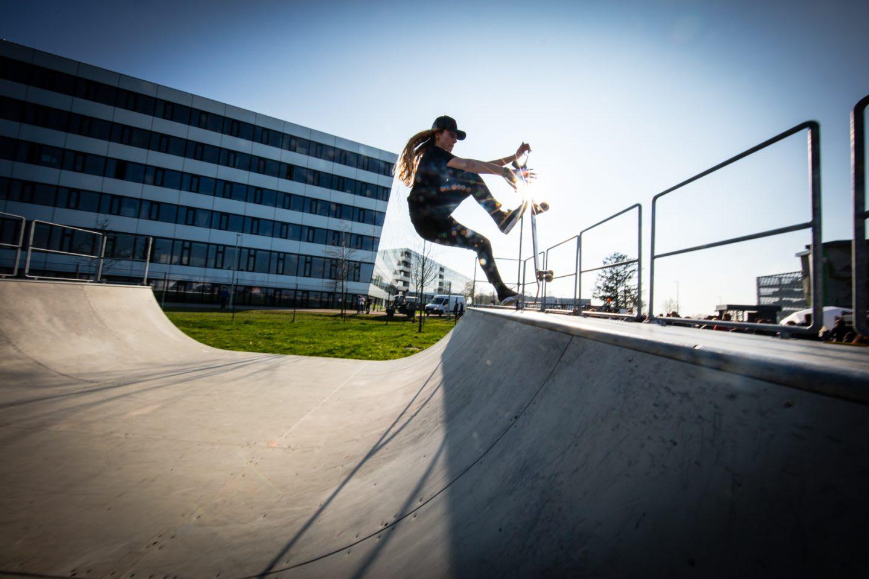 Person doing tricks on a skateboard in a skatepark, adidas, HQ, headquarters, Herzogenaurach, Germany, sports, company