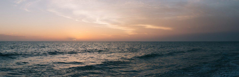 Orange sunset over the ocean in the evening, ocean, sea, horizon, beach