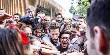 people crowd team teamspirit huddle networking adidas runners