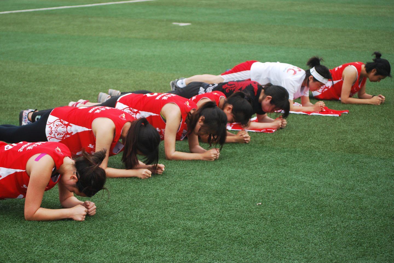 women planking workout lacrosse china