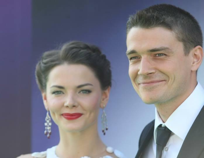«Пребывал в тени своей звездной супруги»: Васильев считает, что Боярской достался красавец-муж