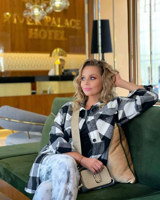 Новикова пожалела освоем уходе из«Блестящих» ради семьи: «Я предала свое дело»