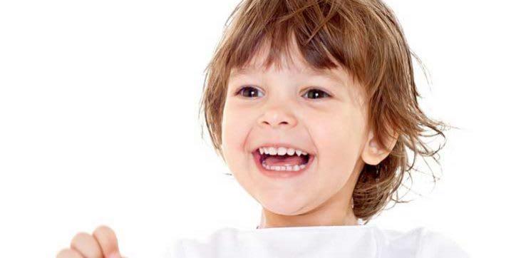 Algunos trucos (y sus razones) para que ayudes a tu bebé a tener una boca sana y funcional