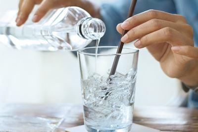 Bahaya Minum Es saat Berbuka Puasa bagi Kesehatan