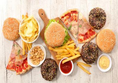 5 Pantangan Makanan Bagi Penderita Kolesterol Saat Berbuka